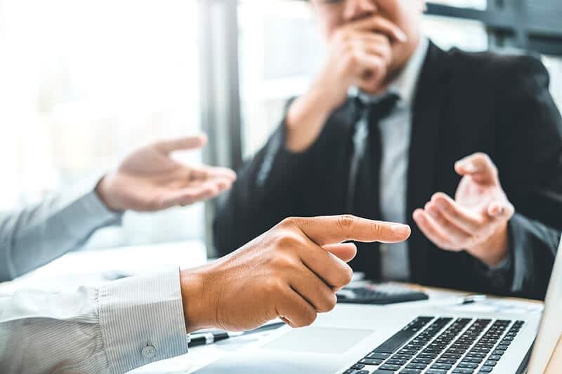 O que faz um consultor financeiro empresarial